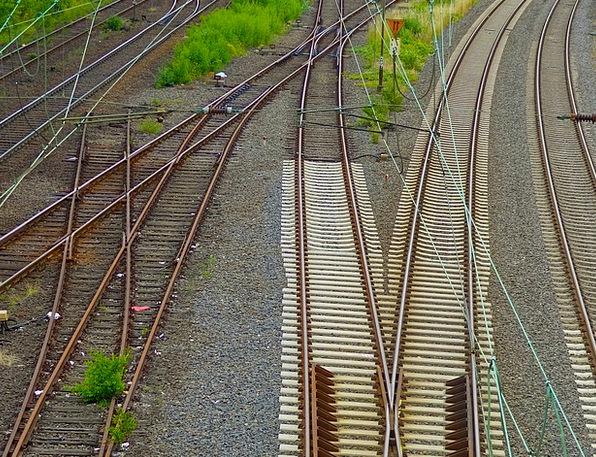 Railway Tracks Gleise Railway Rails Yield Harvest