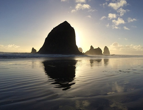 Oregon Vacation Travel Ocean Marine Haystack Beach