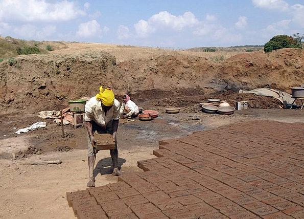Brick-Laying Craft Industry Worker Employee Brick-