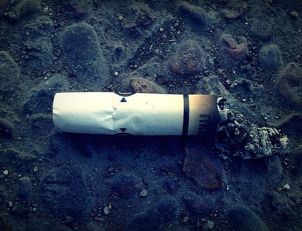 Cigarette Roll-up Smoking Burning Cigarette Butt C