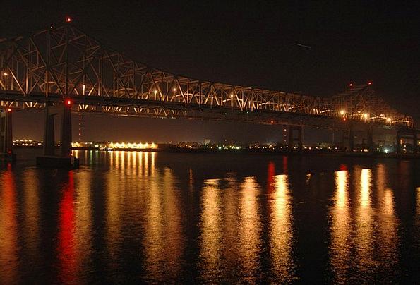 New Orleans Buildings Architecture Bridge Bond Lou