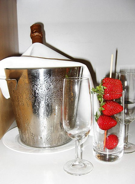 Champagne Bubbly Drink Food Strawberry Strawberrie