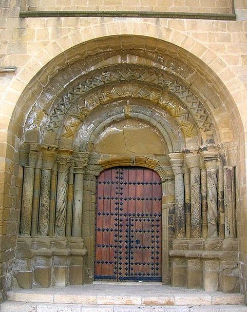 Zaragoza Church Ecclesiastical Spain Arched Buildi