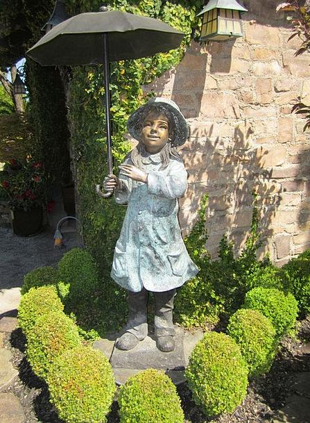 Statue Figurine Canopy Bronze Umbrella Garden Stat