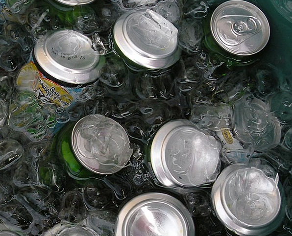 Cans Dismisses Snacks Ice Frost Drinks Water Aquat