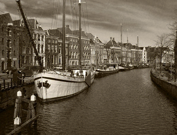 Canal Waterway Buildings Ships Architecture Sailin