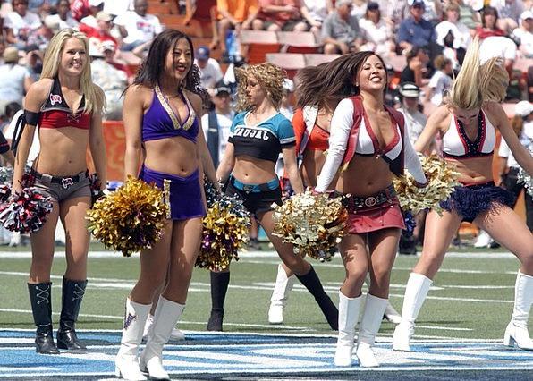Cheerleaders Performers Lassies Hot Warm Girls Tea