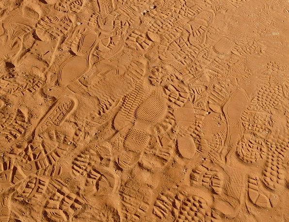 Footprints Paths Shingle Desert Reward Sand Reprin