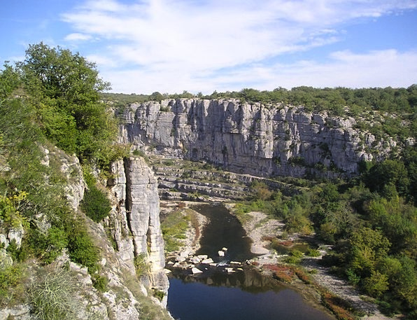 Ardeche Valley Rock Climbing Mountaineering Gorge