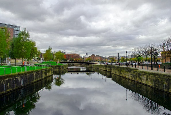 River Stream Buildings Urban Architecture City Tow