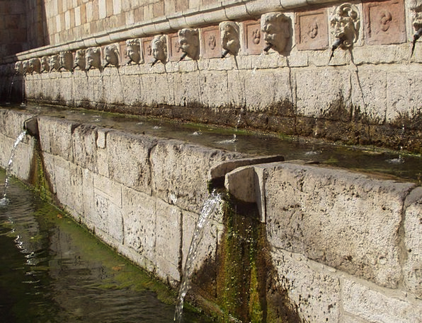 L'Aquila Cascade Water Aquatic Fountain Old Ancien