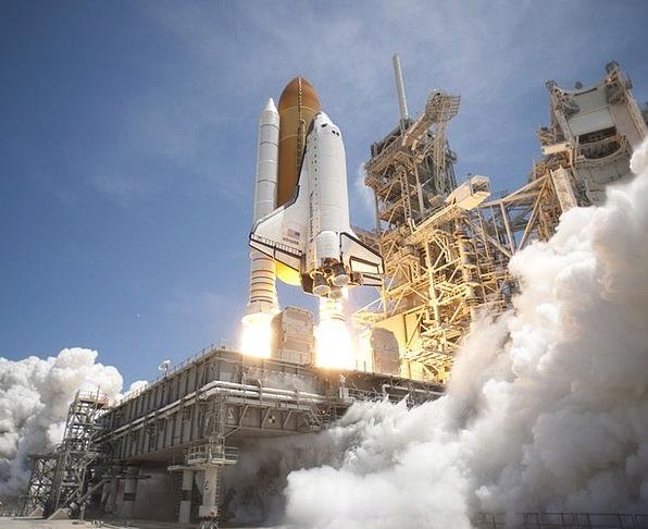 Rocket Launch Moonshot Skyrocket Take Off Imperson