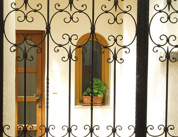 Door Entrance Goalmouth Housewife Goal House Entra