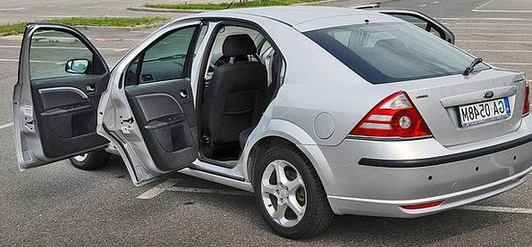 Ford Crossing Auto Car Mondeo Asphalt Silver Gray