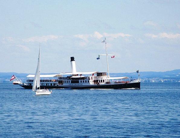 Steamboat Burn Seafaring Maritime Smoke Nostalgia