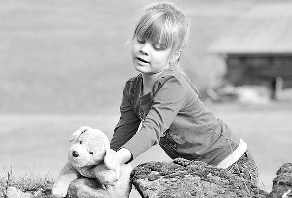 Child Youngster Lassie Nature Countryside Girl Ted