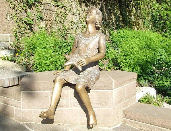 Stuttgart Observatory Girl Lassie Sterntaler Fairy