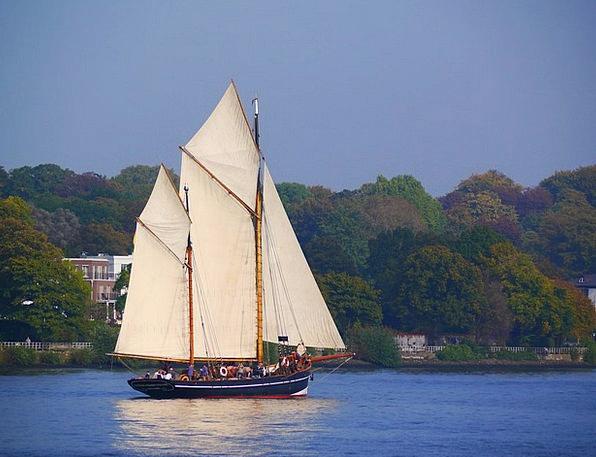 Sailing Vessel Nostalgia Homesickness Zweimaster E