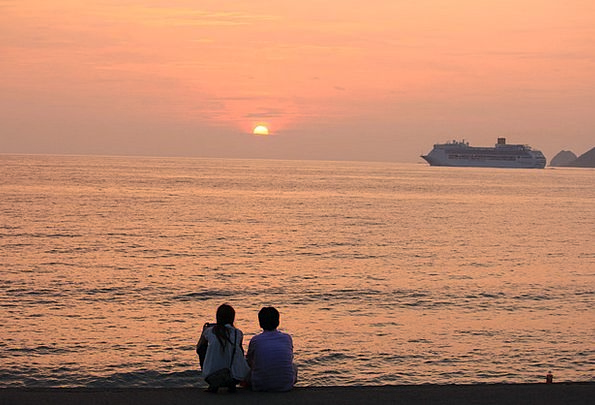 Sunset Sundown Vacation Vessel Travel Lover Mistre