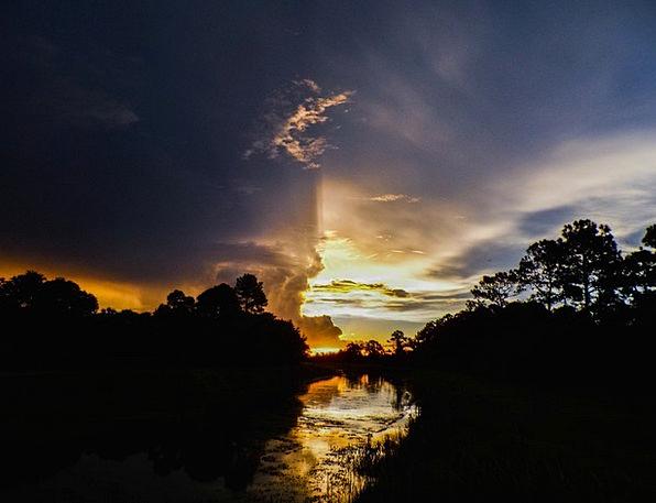 Sunset Sundown Vacation Stream Travel Dusk Twiligh