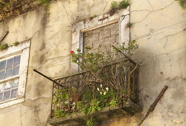 Old House Buildings Failed Architecture Decay Dete