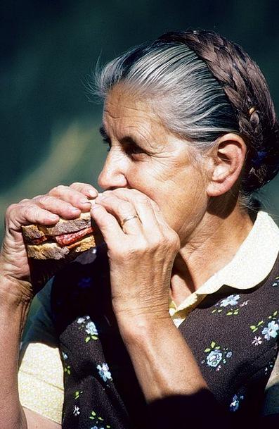 Vespers Drink Food Bread Cash Austria Eat Bother O