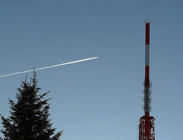 Radio Tower Vacation Travel Greened Radio Mast Tra