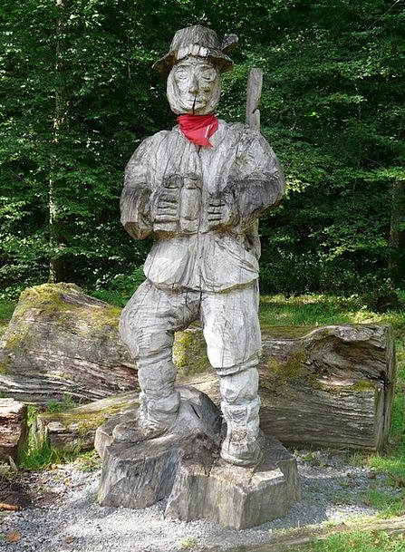 Hunter Predator Holzfigur Waldmann Carving Model F