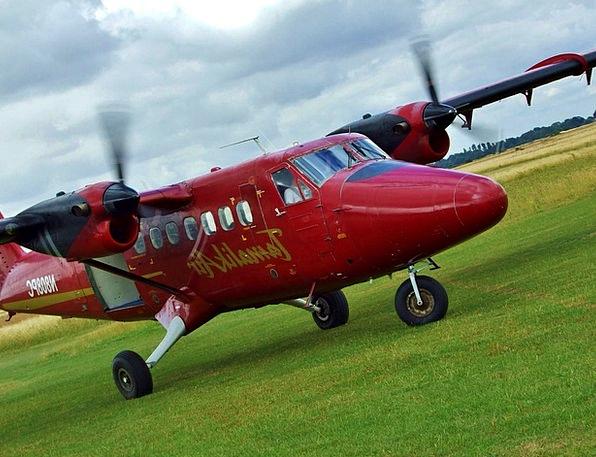 Plane Flat Aircraft Airplane Skydiving Free-fallin