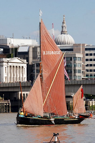 Barge Rush Marine River Thames Sailing London