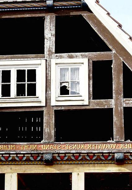 Window Gap Buildings Devastation Architecture Bar