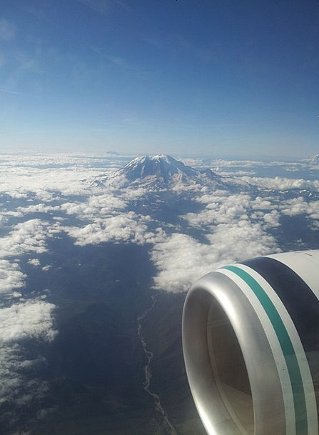 Jet Engine Oregon Mount St Helens Cloudy Sky Fligh