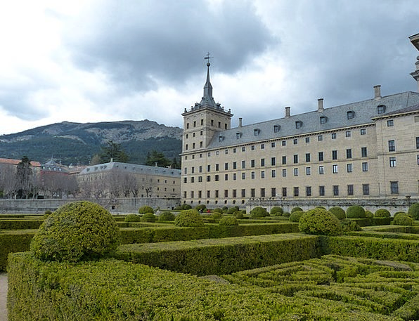 Madrid Escorial Spain Boxwood Palace Fortress Park