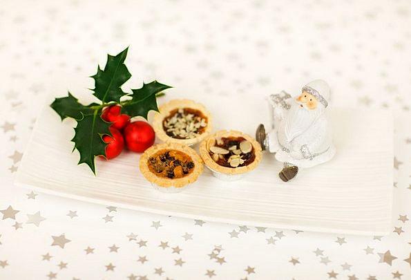 Star Interstellar Drink Food Claus Christmas Holly