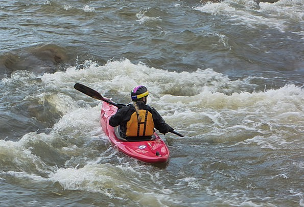Canoeing Aquatic Sport Diversion Water River Paddl