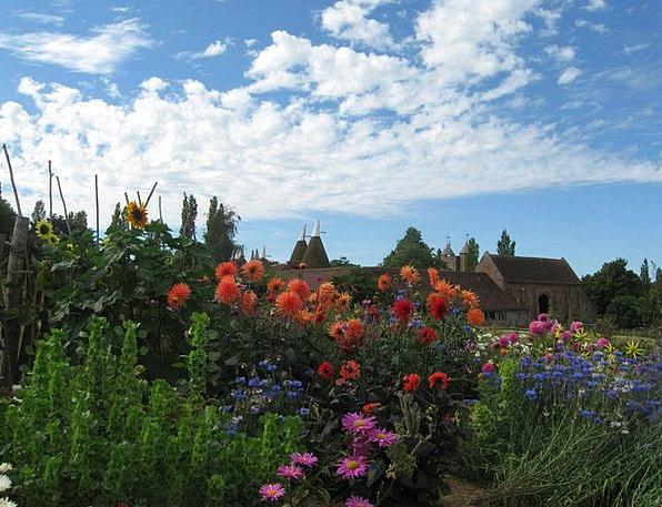 Sissinghurst Garden Plot Kent Flowers Plants Oast
