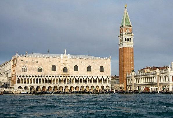 Doge'S Palace Church Ecclesiastical Venice Steeple