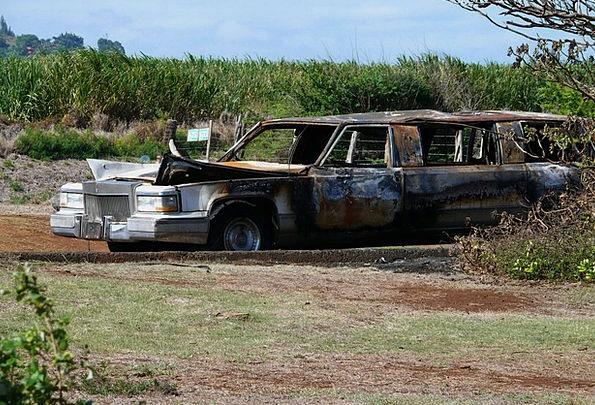 Kahului Traffic Transportation Limousine Maui Luxu