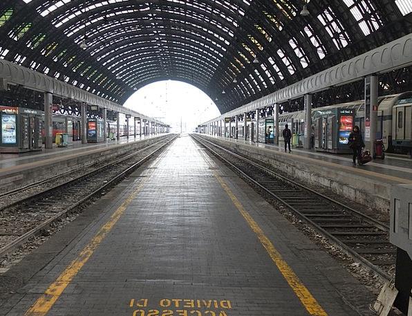 Railway Station Train Pullman Milan Railway