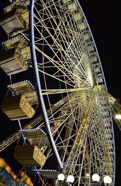 Fun Fair Amusements Helm Avignon Wheel Night Night