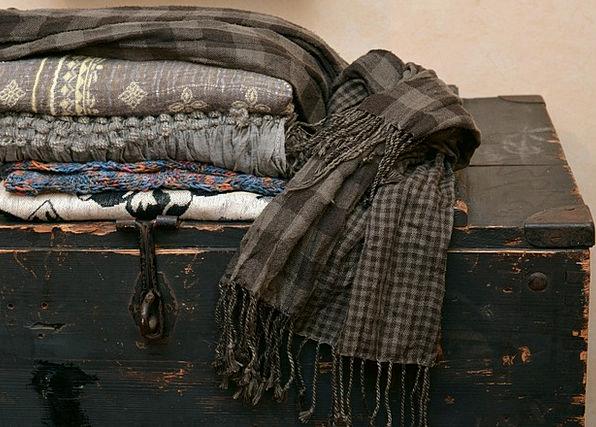 Scarves Mufflers Fabrics Fabric Textiles Box Conta