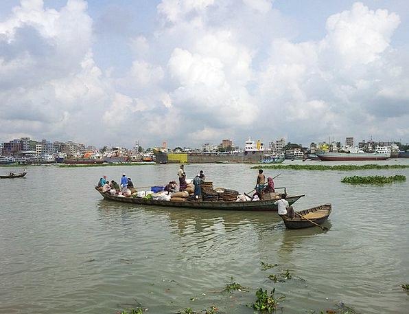 Bangladesh Buriganga River Dhaka Boat Ship People