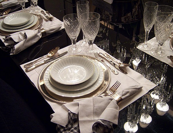 Dining Table Plates Cutlery Flatware Dishes Bowls