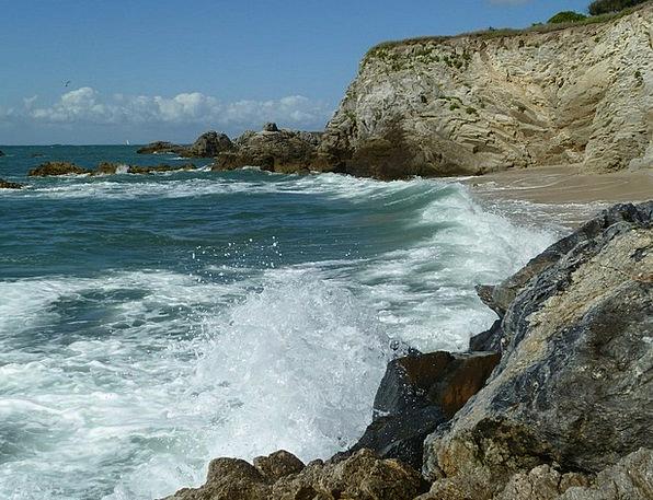 Atlantic Wave Upsurge La Turballe Surf Spray