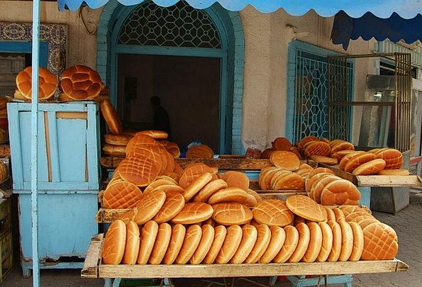 Bread Cash Market Marketplace Tunisia Bakery