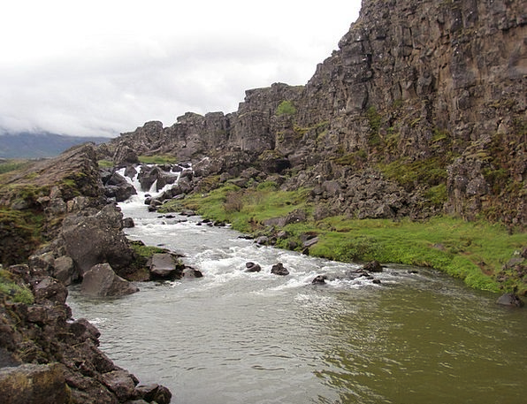 Iceland Landscapes Watercourse Nature Mountains Cr
