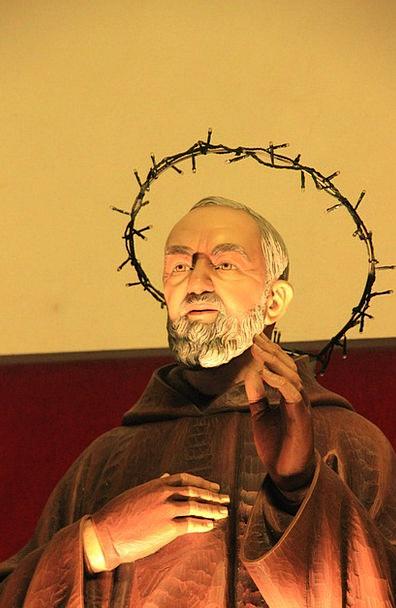 Priest Minister Statue Figurine Fig Art Painting F