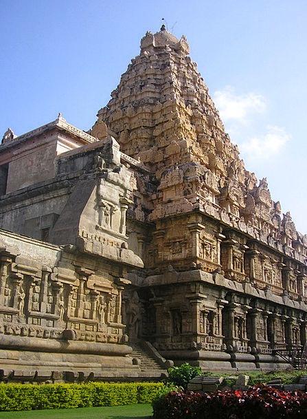 Thanjavur Temple Shrine India Landmark Hindu Asia