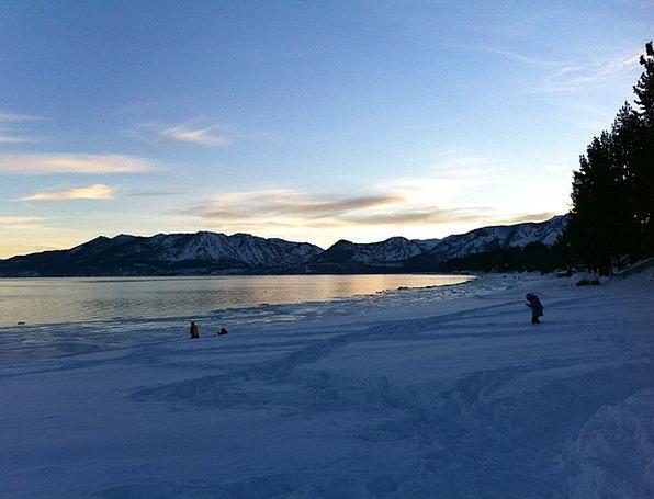 Lake Tahoe Vacation Season Travel Lakeshore Winter