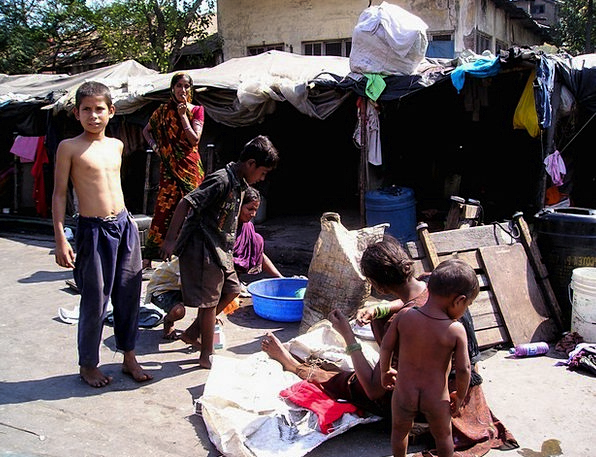 India Bombay Mumbai Live Living Poverty Slum Lack